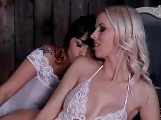 Asian and swedish lipstick lesbians sucking clits